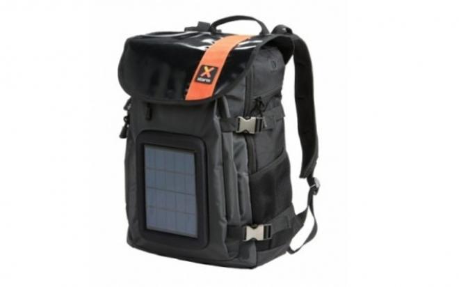 Zaino Trekking Con Pannello Solare : Neapolisolare zaino solare xtorm con cella ed